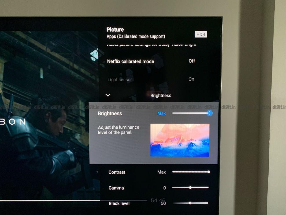La interfaz de usuario del Sony X90H trae consigo una descripción que explica la configuración.
