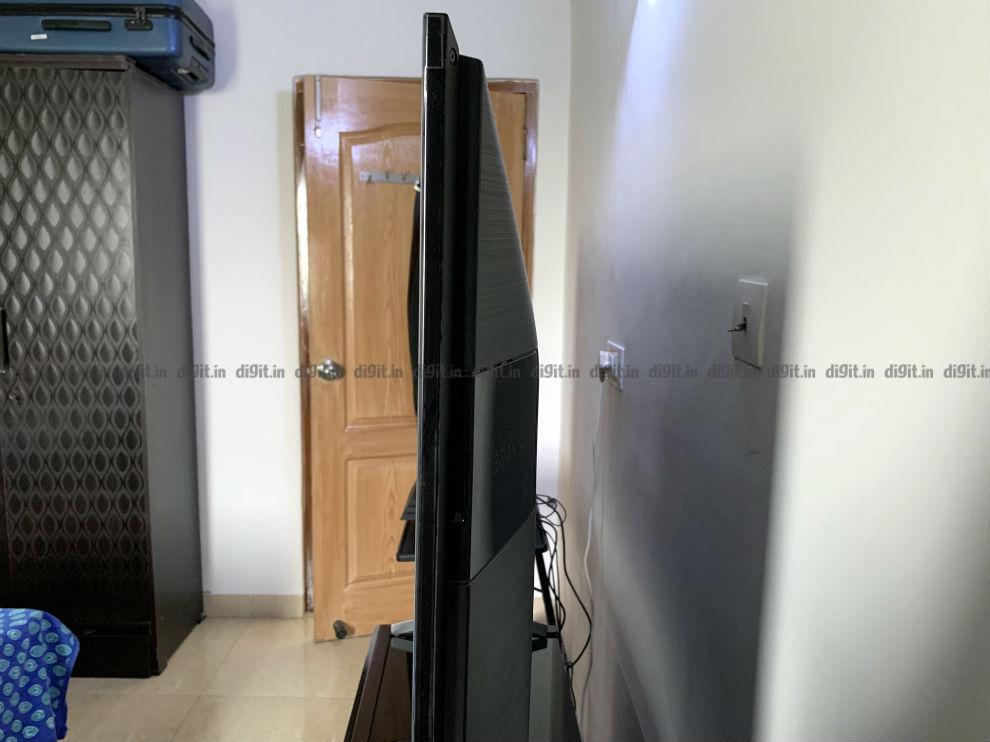 El Sony X90H es un televisor relativamente grueso