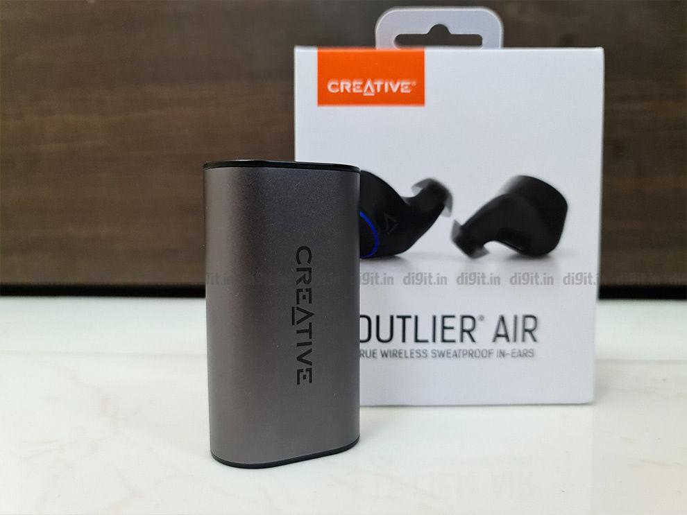 Auriculares verdaderamente inalámbricos Creative Outlier ear