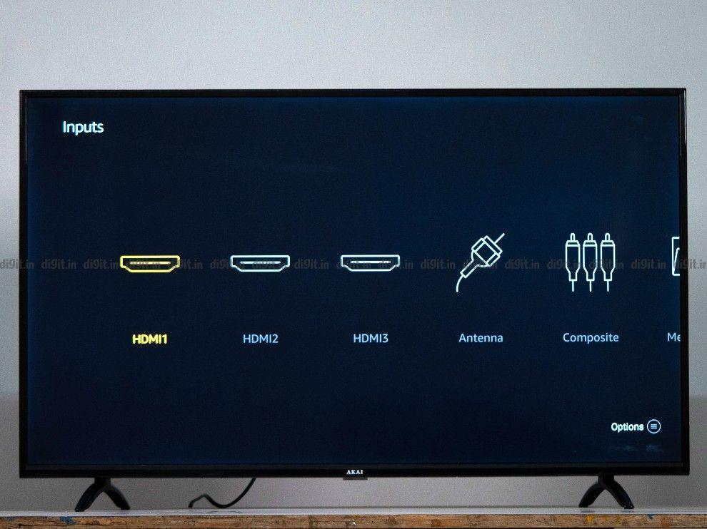 El televisor Akia tiene 3 puertos HDMI y 1 puerto USB.