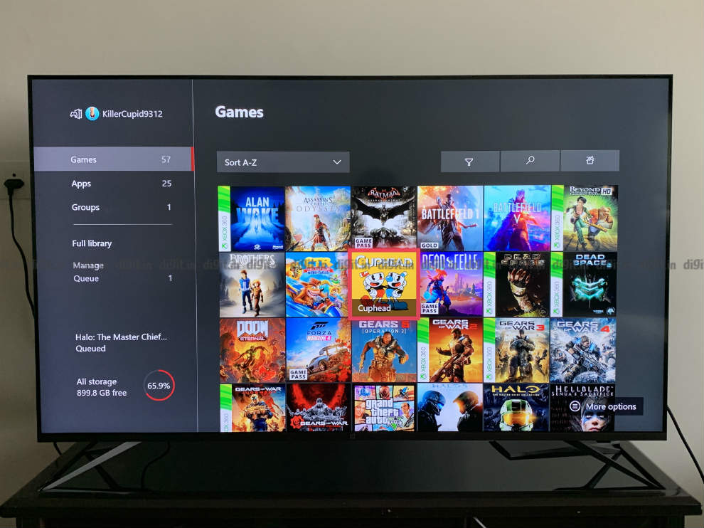 Gaming on the OnePlus U TV using an Xbox One X.