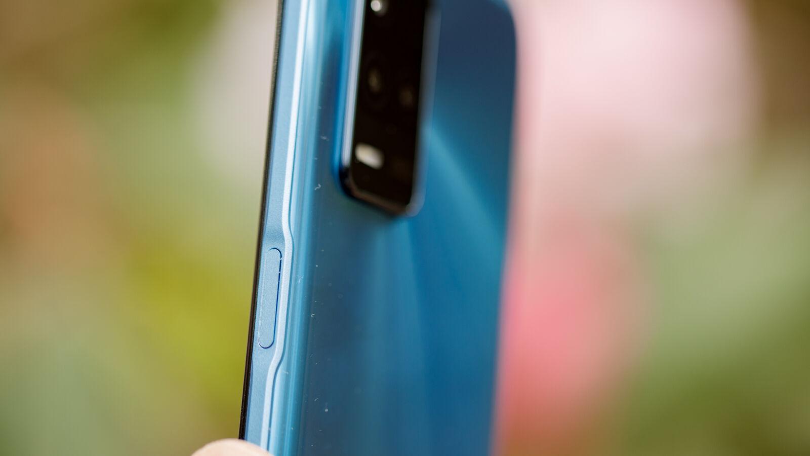 Realme 8 5G fingerprint sensor